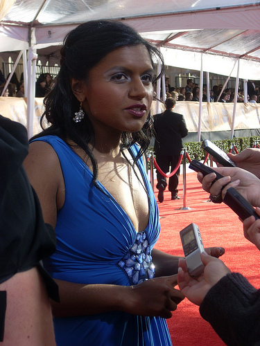 Mindy Kaling Isn't Afraid to Admit She Wants to Get Married, and I ...
