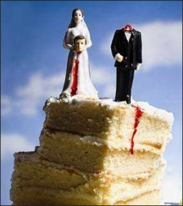 cake with beheaded groom topper
